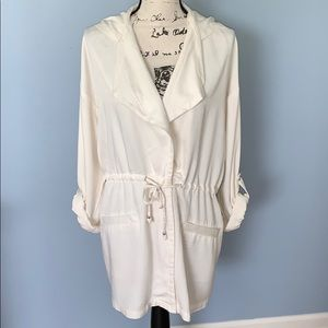 Hooded casual jacket NWT cream cuffed sleeves